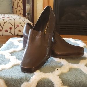 Franco Sarto brown shoes size 11